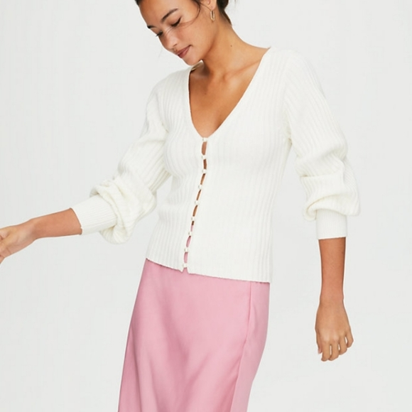 Wilfred Pearl Plunging V-neck Cardigan